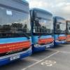 코로나 핫스팟 박장성에서 하노이로 근로자 290명 운송..., 버스 20대 동원
