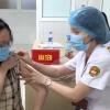 """베트남 보건부 코로나 백신 """"혼합 접종"""" 검토..., '모더나' 백신 혼합 허용 안해"""