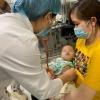 베트남 전국적으로 어린이 수족구병 환자 급증.., 주의 필요