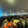 호찌민시: 국내선 탑승 보안 관제 구역 극심한 정체.., 코로나 방역 우려