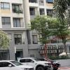 호찌민시: 고층 아파트에서 외국인 남성 추락해 사망.., 원인 조사 중