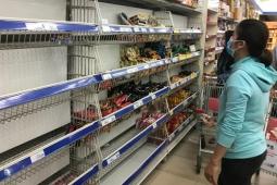 호찌민시: 사회적 거리두기 시행 전 생필품 확보 '사재기'