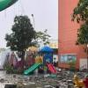 호찌민시: 유치원 놀이터에 거대한 콘크리트 덩어리 떨어져.., 자칫하면 대형 참사 우려