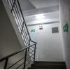 하노이시: 고급 아파트 계단에서 여학생 강간한 용의자 체포