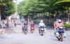 하노이시: 지침 16호 시행 첫 날… 여전히 등장한 노점상과 오토바이들