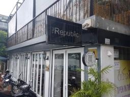 The Republic (수제햄버거와 소시지 & 맥주!!!)