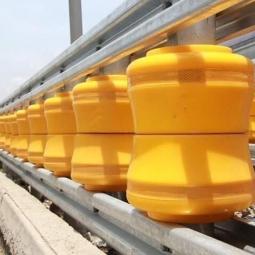 호찌민시에 등장한 회전 차단벽