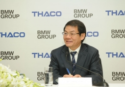 THACO 자동차 회장 : Tran Ba Duong