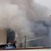 호찌민시 주택 화재 발생해 8명 사망..., 골목 좁아 소방차 진입 어려워