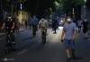 하노이시: 외출 자제 요청에도 새벽/야간에 운동하는 사람들로 북적