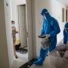 호찌민시: 무증상 코로나 감염자 및 접촉자 자가격리 시범 운영…, 의료 부담 감소 효과
