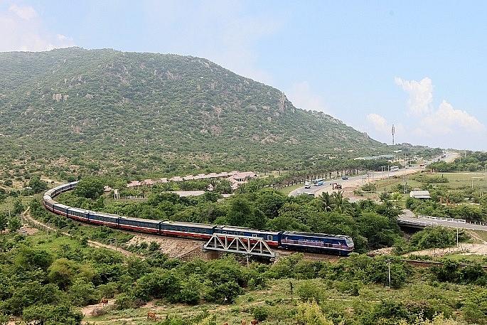 1536_rail.jpg