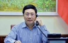 베트남-일본 외무장관 전화 회담, 코로나19 대응 및 경제 협력 논의