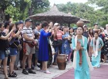 총리: 외국인 관광객 다시 맞을 준비.., 신종코로나 방제 우수 파트너와 우선 협상