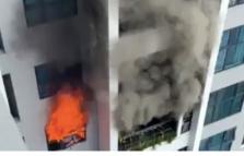 하노이시: 골드마크시티 아파트에서 화재로 수백 명 대피 소동