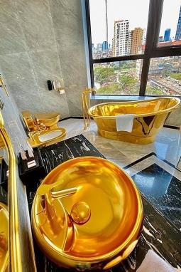 하노이에 세계 최초 외벽 금도금 장식 호텔 등장, 여기가 두바이?