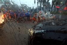 도로에서 만난 '스콜성 폭우' 풍경