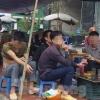 하노이: 갈 길 먼 코로나 방역.., 검사 키트 부족하고 시민들은 관심도 없어