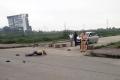 닌빈省, 살인사건 현장에서 보고만 있었던 교통 경찰 강등 처분.., 동영상 파문