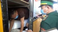 베트남, 격리 피하려 버스 화물칸에 숨어 불법 입국 시도하다 발각
