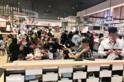 하노이시: 쇼핑 센터의 식당/카페에서 코로나 방역 지침 미 준수 여전해