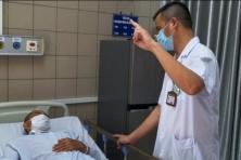 베트남, 가짜 술 상표 공개.., 메탄올 중독으로 사망 1명 실명 1명 등 피해자 다수