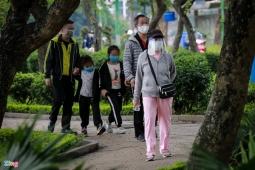 하노이市, 사회적 격리에도 여전히 밖으로 나오는 사람들