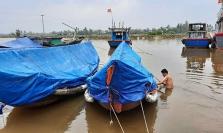 베트남, 태풍 13호 밤꼬 상륙 대비.., 중부 5개 공항 일시 폐쇄