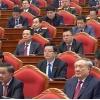 베트남 공산당 최고 의사 결정 기구 '정치국원' 18명 선출.., 8명은 재선