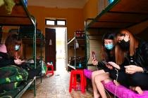 베트남, 격리 조치 불응자 강력 단속.., 위반시 '노동허가' 취소 등