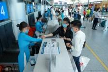 다낭시: 교통 재개되었지만.., 공항과 버스/기차 이용자 대폭 감소