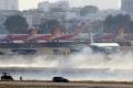 호찌민시, 이륙하던 여객기 타이어 폭발 사고 발생