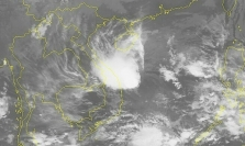 베트남 중남부로 접근중인 태풍 '고니' 세력 약화.., 열대성 저기압으로 약화