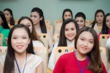 미스 베트남 2018 예선전에 참가한 미녀들
