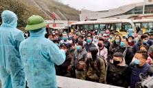 인근 국가에 체류 중이던 베트남 근로자들 서둘러 귀국길 올라
