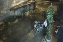 하노이시: 전직 경찰이 SNS에서 구입한 총 발포해 남성 1명 사망