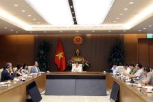 WHO: '베트남 국경 재개에 신중한 검토 필요' 경고
